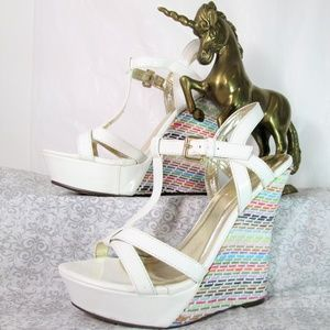 HP! Rainbow Raffia Weave White Wedges